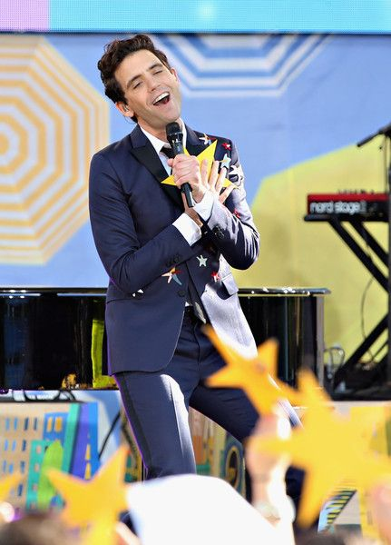Mika Photos - Mika Performs on ABC's 'Good Morning America' - Zimbio