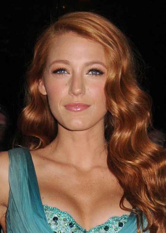 Blake Lively With Copper Red Hair...I want this color, soft wave