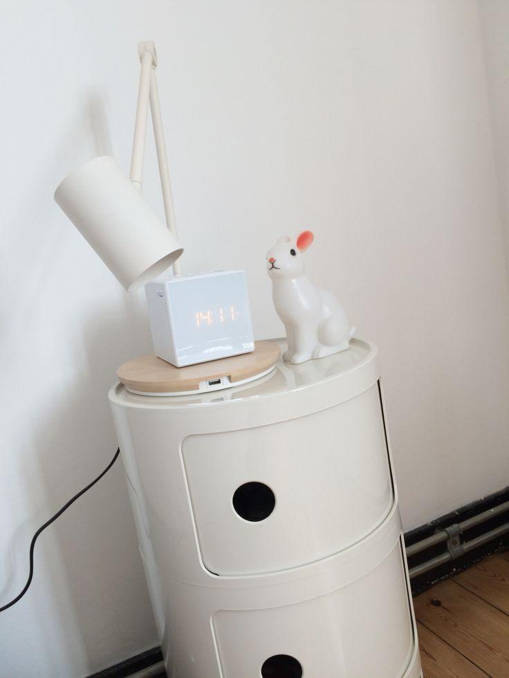Lampe de bureau, port USB intégré – Ikea, Hognoul,  Veilleuse lapin,  Componibile Kartell #bunnyonComponibili