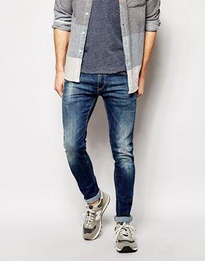 Replay – Jondrill – Eng geschnittene, elastische Jeans in mittlerer Waschung 169€