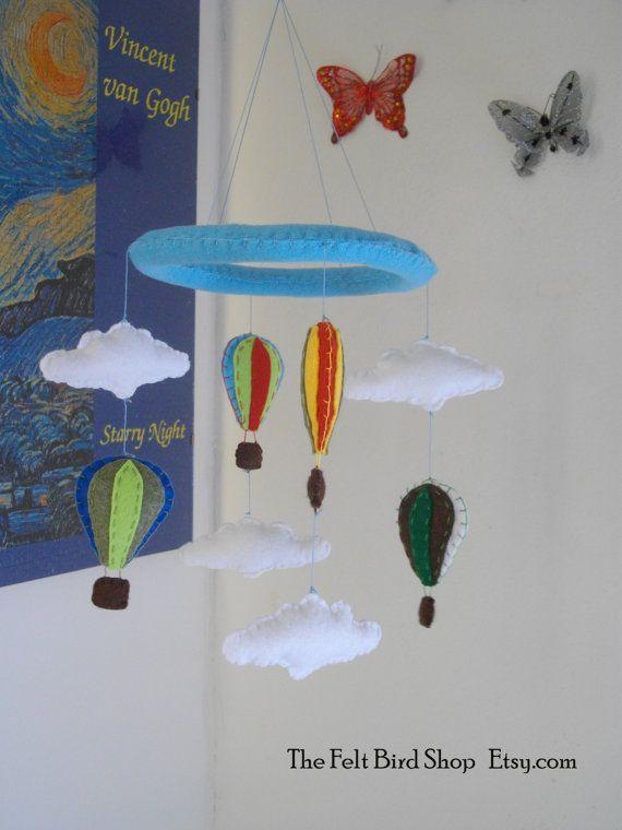Giostrina con Mongolfiere e Nuvole. Giostrina di TheFeltBirdShop
