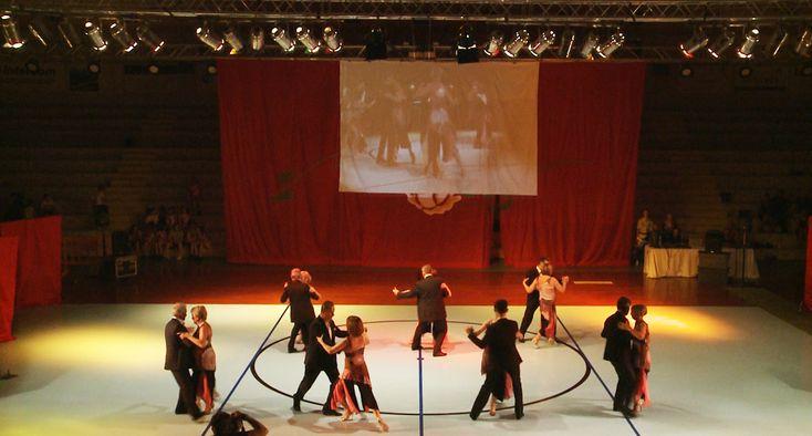 Si avvicina, come ogni anno, la stagione della danza. E come nostro solito, amiamo ricordare qualcuno, tra i momenti più alti della scorsa stagione. Per questo motivo iniziamo questa nuova rassegna dei video di danza con il rievocare una fantastica esibizione della scuola NEW HAPPY DANCE dei   #4K #bachata #castelfiorentino #DANZA #empoli #firenze #flamenco #fotografia #fotografia danza #PASSION #passiondetango #saggio danza #SALSA #tango #tango argentino #video danza #vid