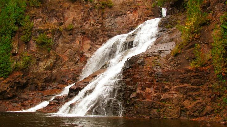 Caribou Falls, North Shore Lake Superior Hiking Trail, Minnesota, USA.   John H Smith jr