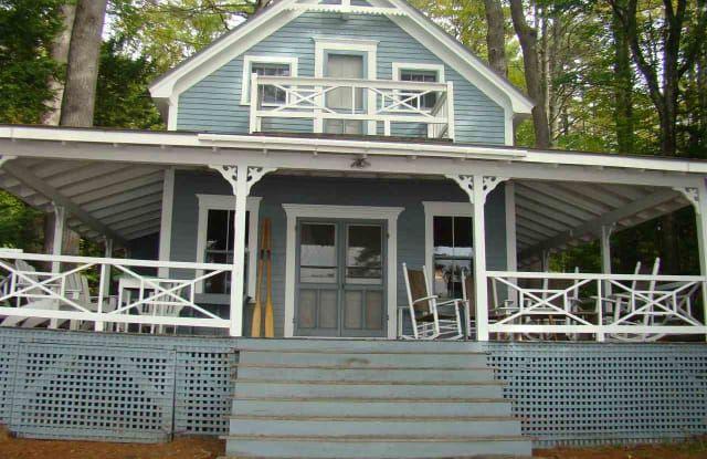 495 Center Harbor Neck Road 495 Center Harbor Neck Road Belknap County Nh 03226 Apartments For Rent Lake Winnipesaukee Wolfeboro