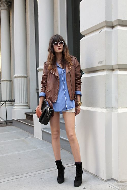 inspiration   Sheila Marquez: Street Fashion, Denim Fashion, Chambray Shirts, Streetchic, Denim Shirts, Brown Leather Jackets, Blue Blouses, Pajamas Parties, Street Chic