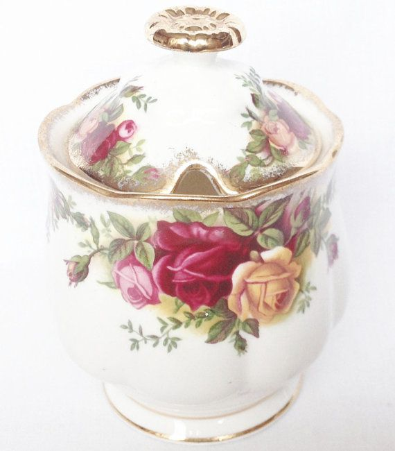 Hey, I found this really awesome Etsy listing at https://www.etsy.com/au/listing/233682685/preserve-pot-old-country-roses-royal