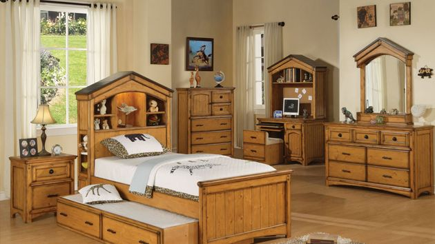1000 Ideas About Oak Bedroom Furniture On Pinterest Painting Oak Furniture Modern