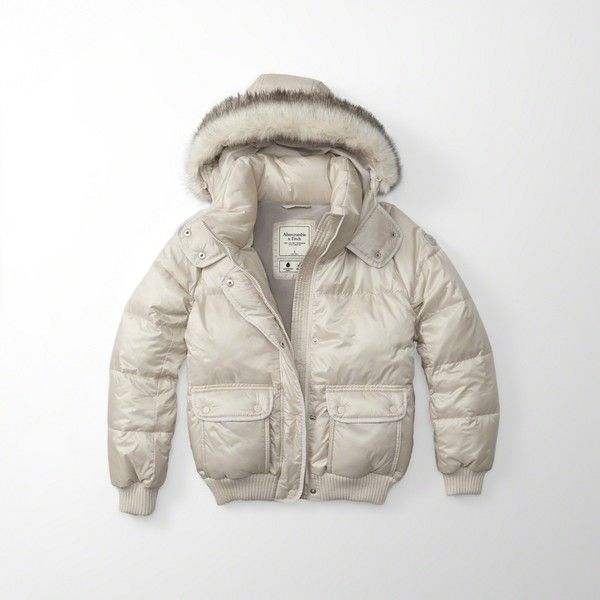 Abercrombie & Fitch Puffer Jacket (295 BRL) ❤ liked on Polyvore featuring outerwear, jackets, cream, water resistant hooded jacket, quilted jacket, white puff jacket, white puffer jacket and water resistant jacket