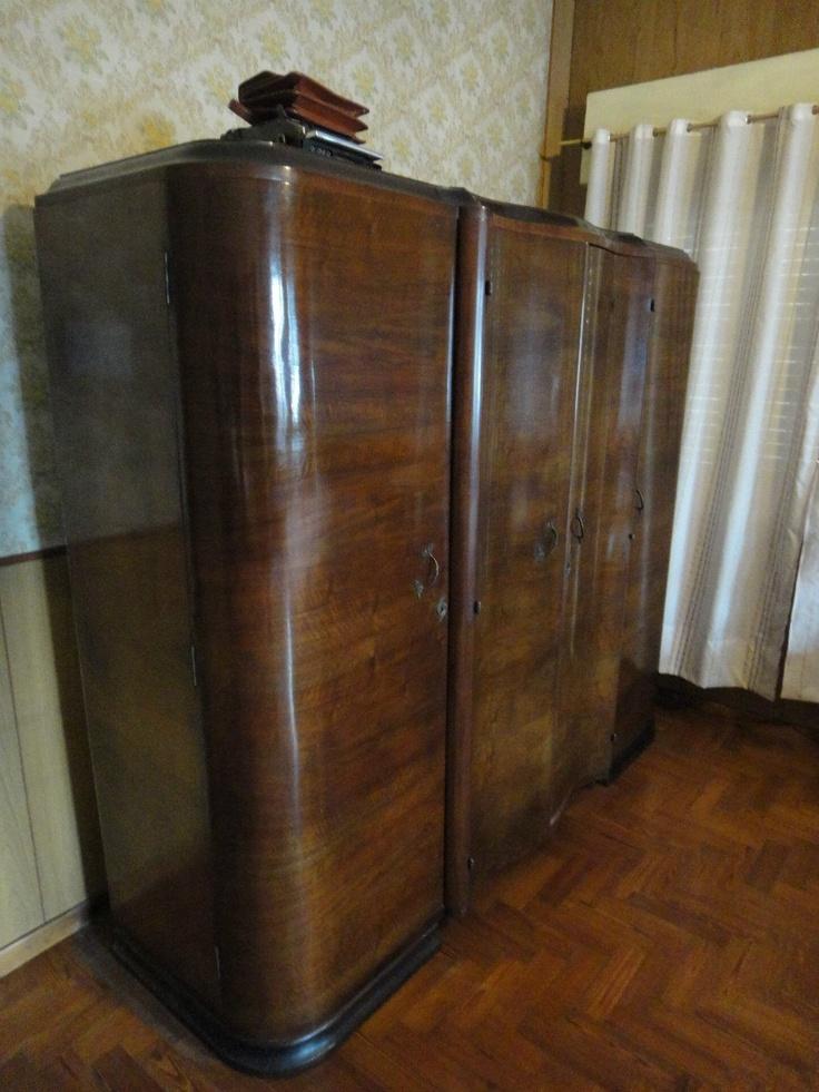 63 best roperos antiguos images on pinterest painted furniture antique furniture and antique - Ropero antiguo ...