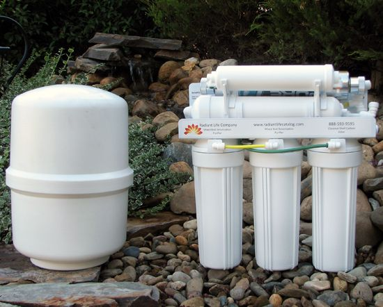 """Radiant Life 14-Stage Biocompatible Water Purification System--Recommended by """"Wellness Mama"""""""