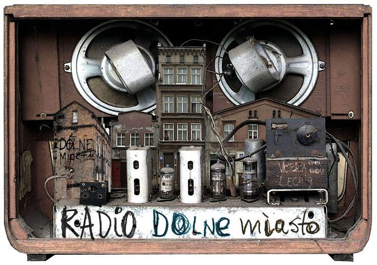 Jacek Staniszewski. Ilustracja do cyklu Radio Dolne Miasto.