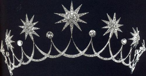 star tiara circa 1912
