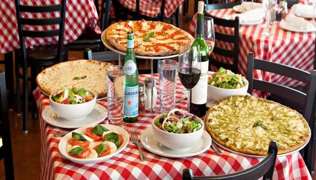Casual, Brooklyn-based pizzeria chain serving brick-oven pies & calzones plus wine & beer located in the heart of the Village in Meridian..  #GoOutLocal #OnlyInIdaho #Meridian #GoodEats