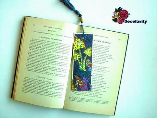 """Nature alone is antique, and the oldest art a mushroom."" #beaded #bookmark #semndecarte #handmade https://decolarity.wixsite.com/atelier/semne-de-carte"