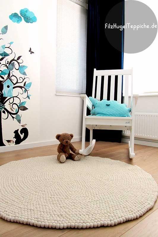 Runder teppich weiß  Die besten 20+ Filzkugel teppich Ideen auf Pinterest | Filzkugel ...