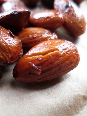 Our Rustic Life: Spicy Ghost Pepper Almonds