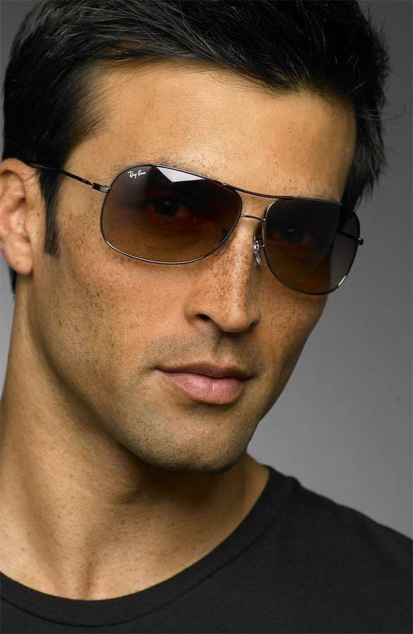 Aviator Sunglasses Are Still In Style For Men With Confidence #tech trendhunter.com