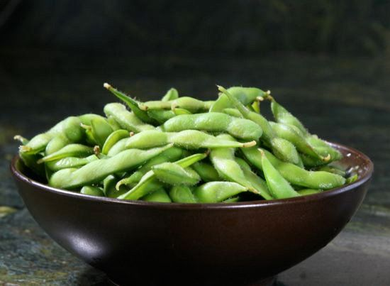 Another reason to eat Edamame .... 15 High-Iron Foods Under 100 Calories... Iron also helps carry oxygen from our lungs to the rest of our body, helps muscles store and use oxygen, and is even found in the enzymes needed to digest food. An iron deficiency may also make you feel cold, as well as exhausted, and weaken your immune system, making you more likely to get sick.
