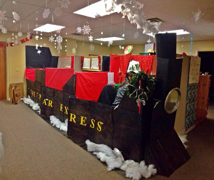 For This Years Annual Christmas Contest In Our Office My Coworkers Decorated Their Cubicles To Look Like The Train From Decoration Ideas