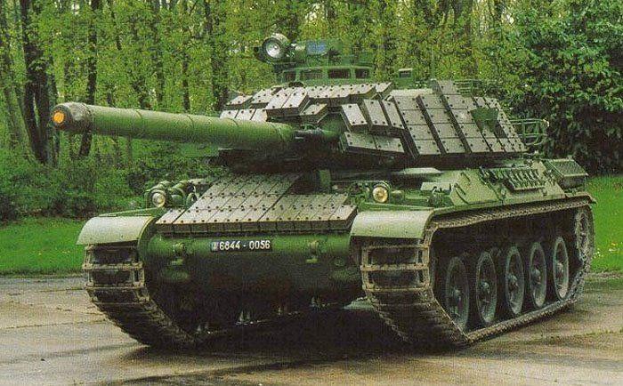 AMX 30 tank                                                                                                                                                                                 Mais