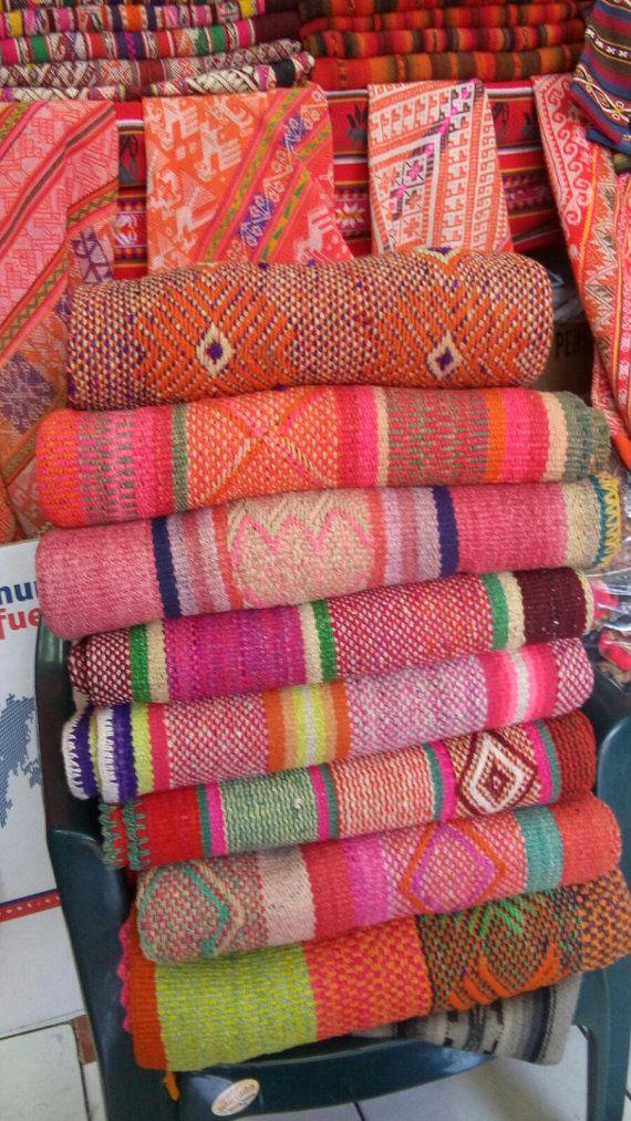 Frazadas / Anden-Teppiche / bunte Decken aus Peru von elhummingbird