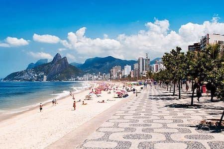 Ganhe uma noite no COPACABANA. JUNTO AO MAR - Apartamentos para Alugar em Rio de Janeiro no Airbnb!   #imoveis #imovel #CorretorDeImoveis #Broker #imobiliaria #ComprarImovel #VenderImovel #RioDeJaneiro #apartamento #casa #moradia #propriedade #proprietario #Brasil #AlbertoOliveira #aluguel #AlugarImovel #AO #AlbertoOliveiraImoveis #AlbertoOliveiraCorretor #MercadoImobiliario #Oportunidade #Conjugado #AluguelPorTemporada #Temporada #VacationRental #RioDeJaneiro #Copacabana