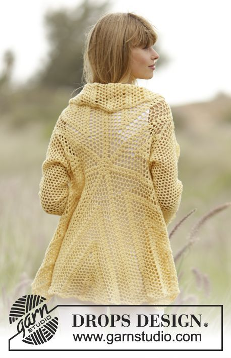 """Oasis - Crochet DROPS jacket worked in a circle with lace and fan pattern in """"Baby Merino"""". Size: S - XXXL. - Free pattern by DROPS Design"""