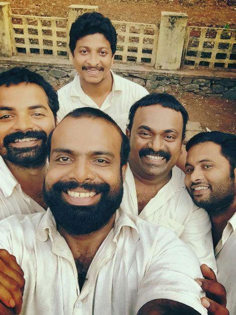 Vinay Forrt,Chemban Vinod,Aju Varghese,Musthafa and Shajon-2005 Urumbukal Urangarilla Malayalam movie latest stills-Aju Varg