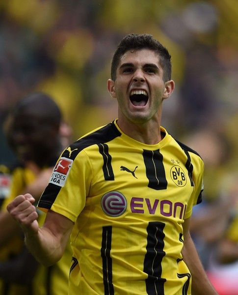 Dortmund's US midfielder Christian Pulisic celebrates during the German first…