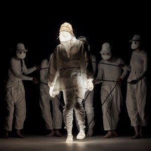 Aitor+Throup+shows+New+Object+Research+fashion+collection+on+life-size+puppets