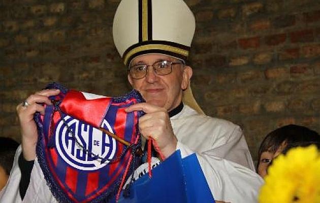Bergoglio, el nuevo Papa, es hincha de San Lorenzo