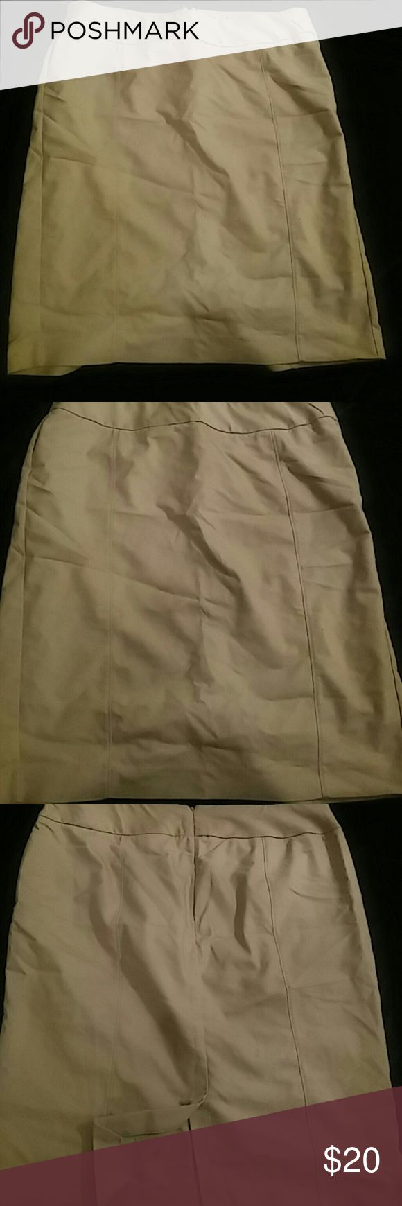 Lane Bryant Khaki Skirt Khaki pencil skirt with zipper closure. Great condition! Approximately 25 inches in length. Lane Bryant Skirts Pencil