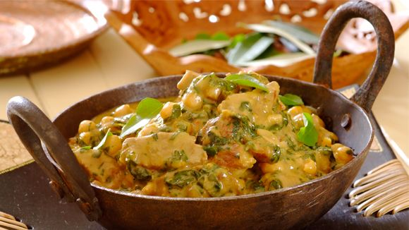 Creamy Beef, Spinach and Chickpea Curry