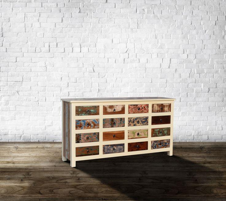 Vintage møbler i genbrugstræ - http://indieliving.dk/shop/vintage-moebler-3s1.html