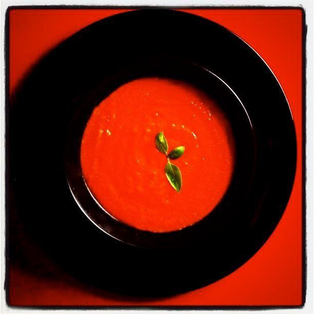 Zuppa di pomodoro (Ricetta prestataci)  #tomato soup