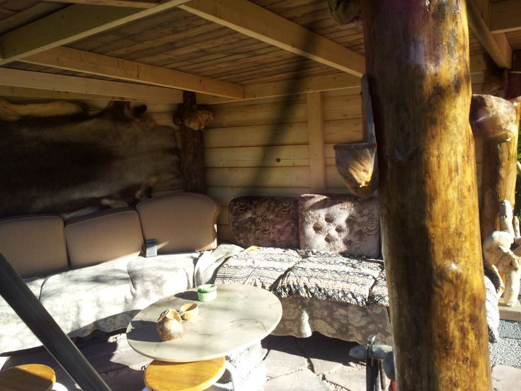 #Gapahuk#. Gapahuken på hytta