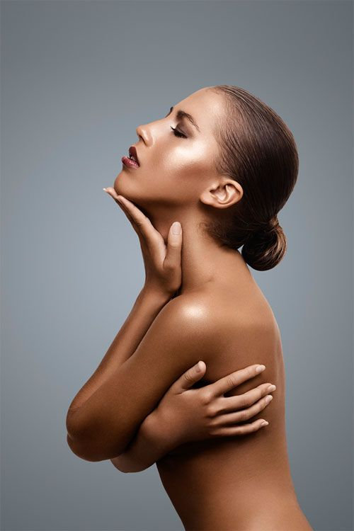 http://lightingforphoto.com/wp-content/uploads/2011/06/beauty-photography-lighting-setup.jpg