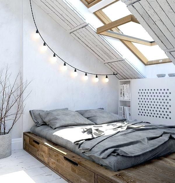 Bedroom How To Decorate An Angled Wall