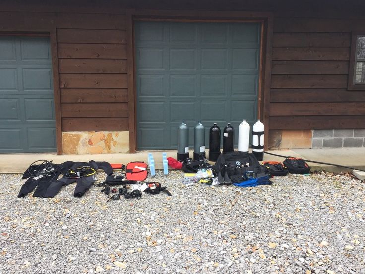Complete Set of Men's Used Scuba Gear. Scuba Pro, Faber, Dive Rite