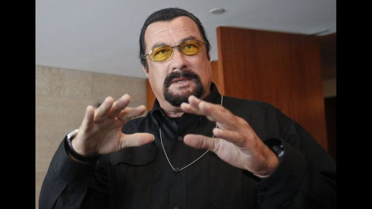 Steven Seagal about Obama, Putin, Russia and the United States. subtitle...