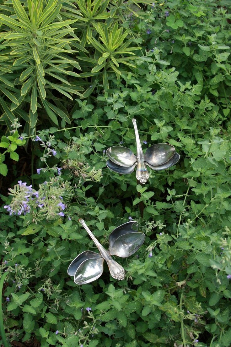 Gartenstecker aus alten Löffeln - Libellen