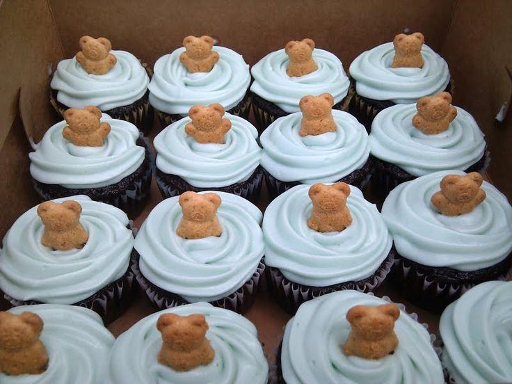 Simple Bear Cupcakes Vanilla Cupcakes With Vanilla Bears
