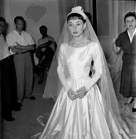 Audrey Hepburn In Her Wedding Dress Designed By Fontana Sisters