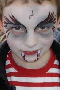Vampire / Dracular Face Painting Design
