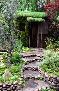 Stone steps & walls - Traditional Japanese garden - Satoyama Life / repinned on toby designs