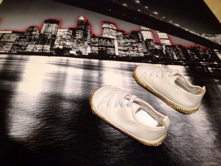 Baby prewalker handmade shoes