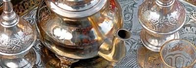 Marokkaanse zilveren oude Dienbladen, Theepotten & Suikerpotten - Zoutewelle-Import