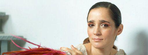"""Julieta Venegas: """"En México no resolvemos lo básico"""""""
