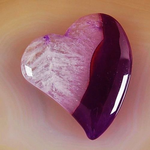 agate christian personals The rosicrucian society, who combined pagan with christian types and figures, saw amethyst and its color as a symbol of the divine male sacrifice,.