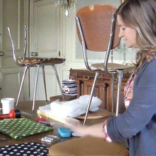 Vid o apprenez retapisser une chaise avec fabuleuse factory toile - Retapisser une chaise ...